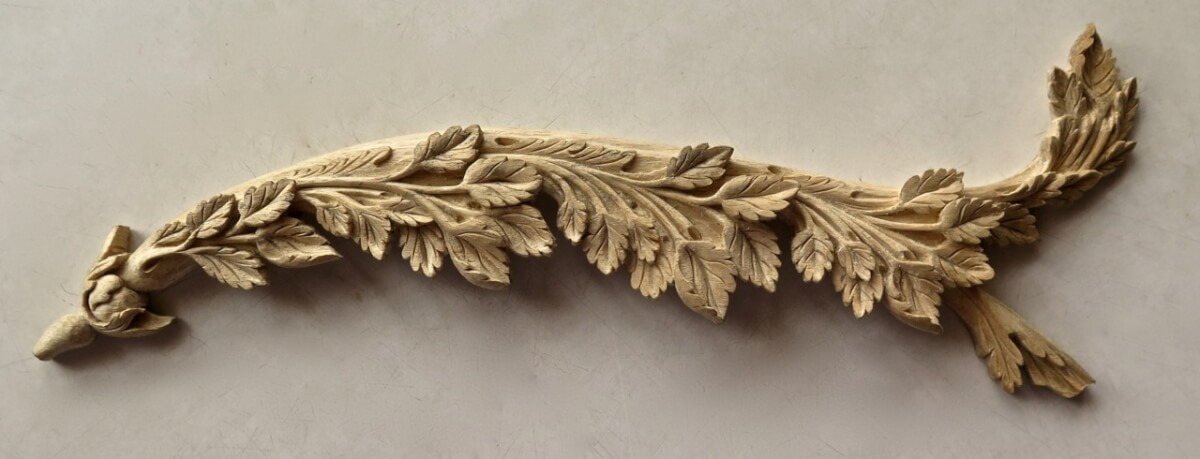 18th-century-style roses woodcarving by Agrell Architectural Carving, from a design by Thomas Sheraton