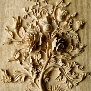 Agrell architectural carving u battle of the roses carving a flower