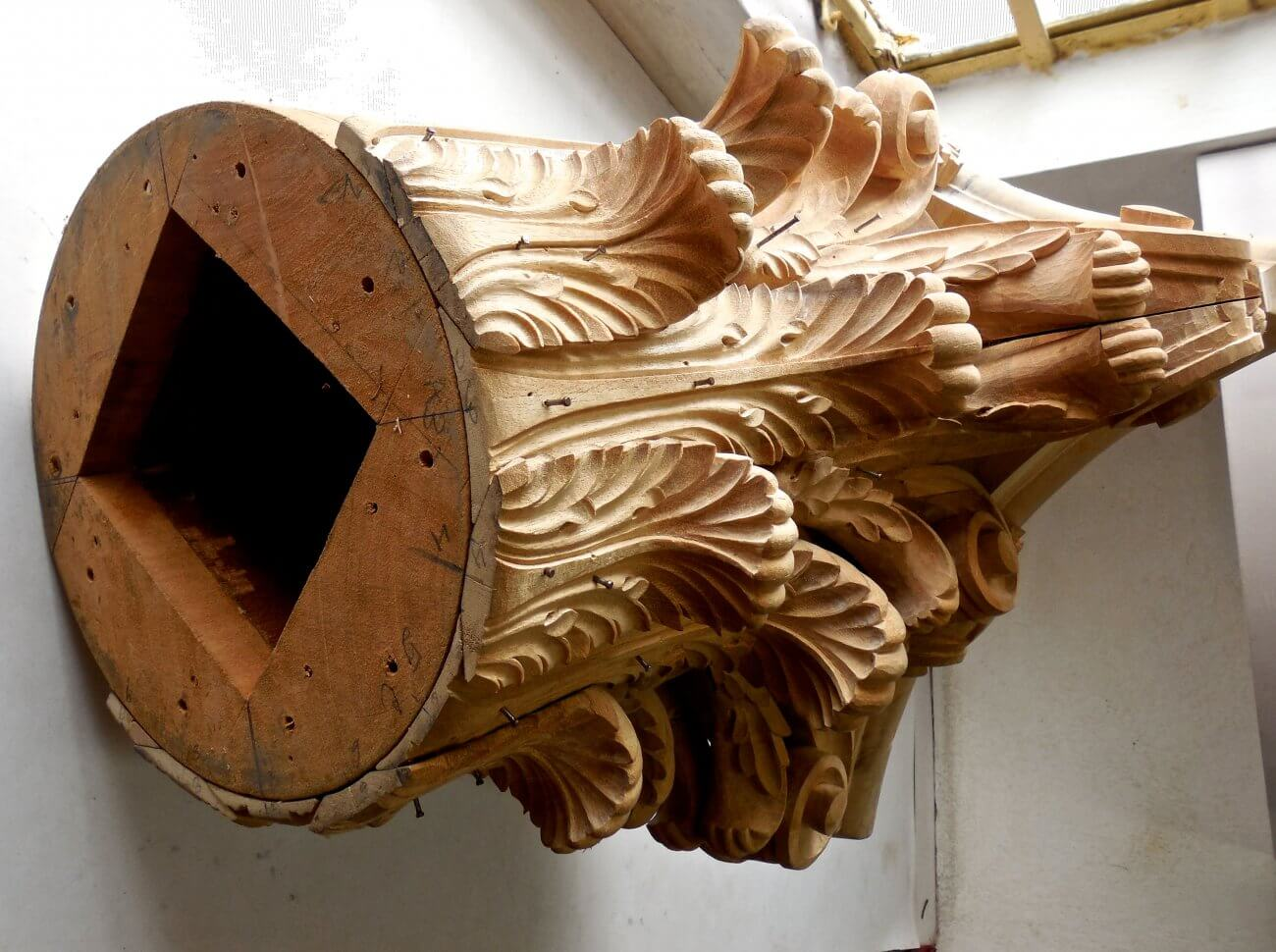 The construction of a Corinthian capital